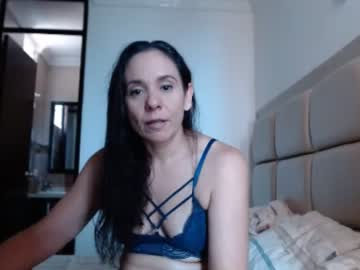 [02-04-20] brooklyreed private show video from Chaturbate.com