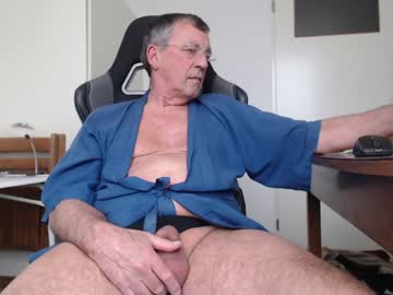 [08-04-21] 200gentleman record private show video from Chaturbate.com