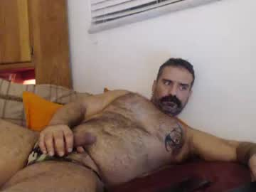 [12-12-20] themuscleb0ss video with toys