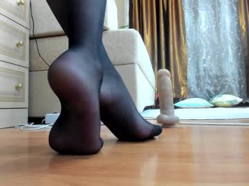 [28-03-20] mikkiniki_kiti private XXX show from Chaturbate.com