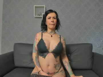 [01-09-20] samanthaqueen__ record public webcam from Chaturbate