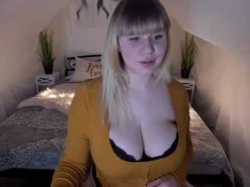 [04-02-21] sky_blondex video from Chaturbate.com