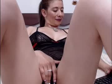 [25-07-20] juliialove_ blowjob video from Chaturbate