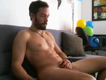 [04-05-20] freeworldtraveler show with toys from Chaturbate