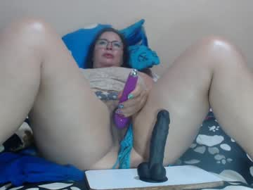 [22-02-21] brendaevans20 record video with toys