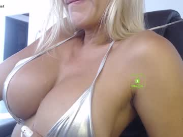 [22-02-21] eileen_rose public show from Chaturbate.com