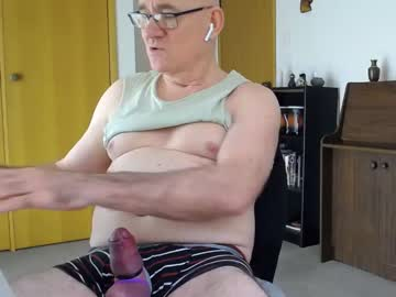 [27-10-20] wilder52 show with toys from Chaturbate