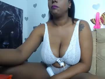 [03-08-21] africanaughty69 record video with dildo