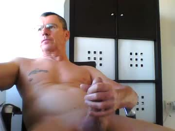 [18-10-21] pappnase111 chaturbate show with cum