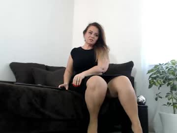 [25-04-20] xamelie35x cam show from Chaturbate