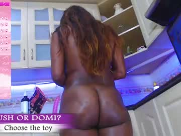[02-03-21] luciaklein_ video with toys