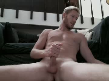 [14-11-20] yngstud24 record public webcam from Chaturbate