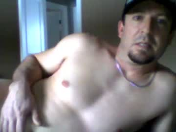 [05-01-21] chev223 record video with toys from Chaturbate.com