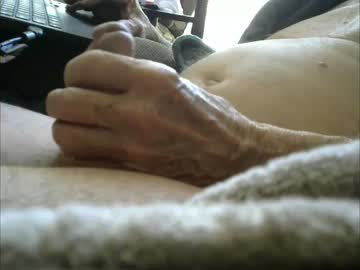 [10-04-20] lv2j cam show from Chaturbate