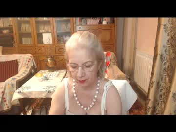 [21-03-20] divinecarla show with toys from Chaturbate.com