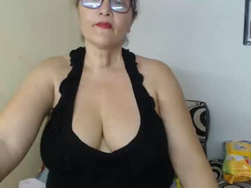 [05-04-20] mature_hot69 record public webcam video from Chaturbate