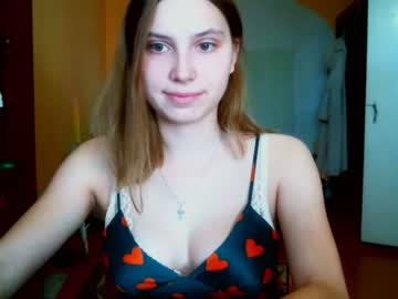 [15-09-20] miss_tvister_19 record blowjob video from Chaturbate.com