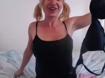 [21-06-21] jeannlove public show from Chaturbate.com