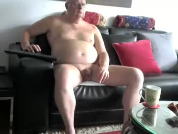 [17-07-20] nudejohn record video with toys from Chaturbate