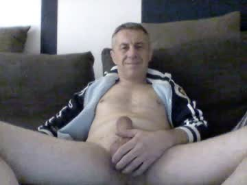 [06-10-20] garry1270 chaturbate video with dildo