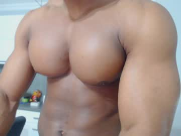 [18-10-20] johnnydolce50 record public show from Chaturbate.com