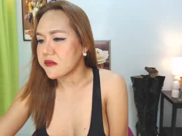 [18-08-21] legendary_queens blowjob show from Chaturbate