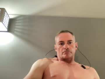 [03-10-21] dilf76 public show from Chaturbate
