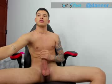 [26-04-21] black_latinhot chaturbate show with toys