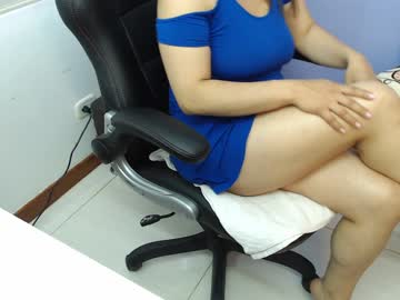 [16-01-20] krystal_milf87 chaturbate video with toys