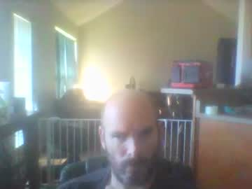 [17-10-21] bearded_throbber public show video from Chaturbate