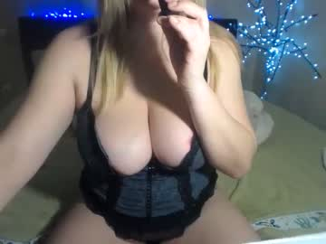 [10-04-20] dolcevita1230 record webcam video from Chaturbate