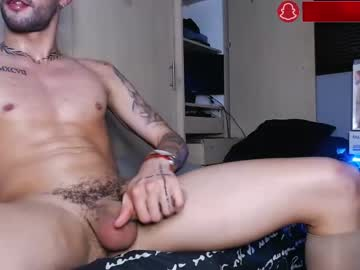 [15-04-21] brandonhermoso show with toys from Chaturbate