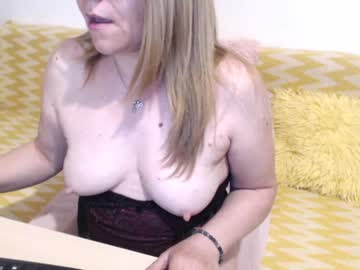 [27-04-20] goldieeva blowjob show from Chaturbate.com