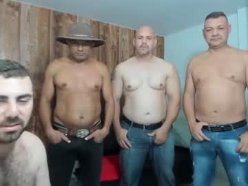 [02-06-21] dirty_bears2 public show video from Chaturbate.com
