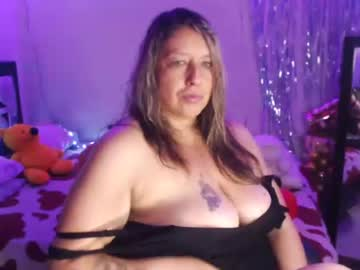 [10-06-21] steisymilf_ cam video from Chaturbate
