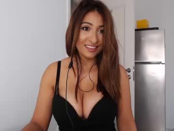 [19-10-20] sexylolax0x public show from Chaturbate