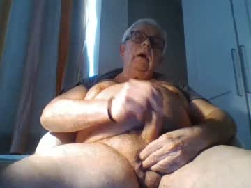 [04-03-20] jcharles72 record video with toys from Chaturbate.com