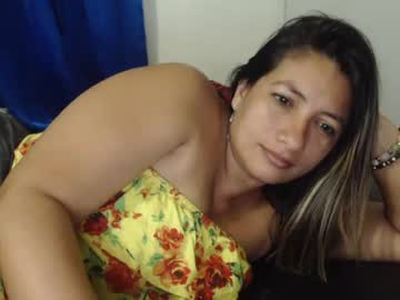 [10-09-20] roseadams_ webcam