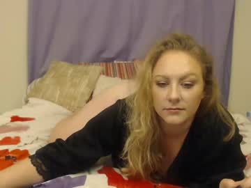 [05-01-20] savannahleigh record video with dildo from Chaturbate.com
