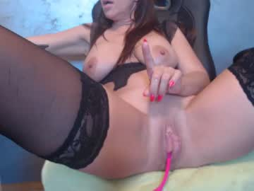 [01-08-20] horny_mommy37 record public show video from Chaturbate