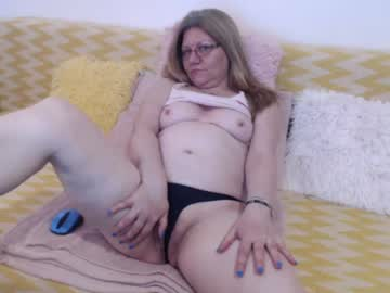 [13-04-20] goldieeva video with toys from Chaturbate