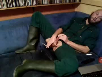 [10-10-20] bauerlatzhose record video with toys